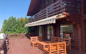 4-комнатный дом помесячно, 250 м², Табаган за 900 000 〒 в Алматы, Медеуский р-н