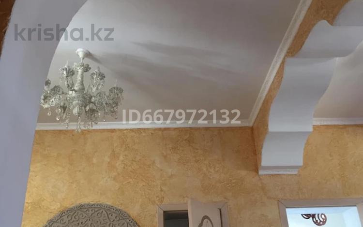 5-комнатный дом, 185 м², 12 сот., Сырттанова 7 — Кабанбай Батыра за 40 млн 〒 в Талдыкоргане