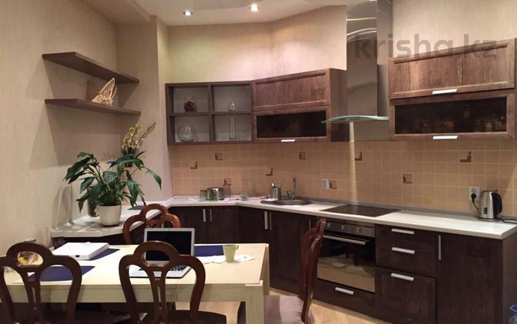 3-комнатная квартира, 87 м², 4/8 этаж, Омаровой 37 за 57.9 млн 〒 в Алматы, Медеуский р-н