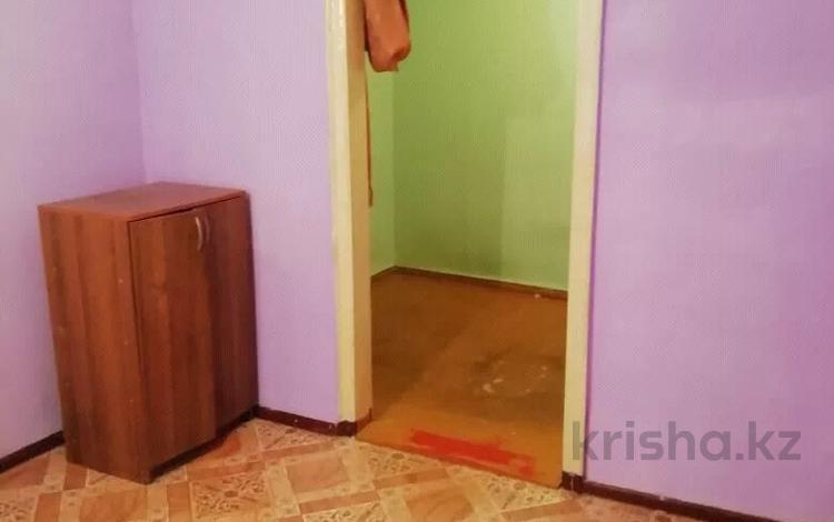 1-комнатная квартира, 20 м², 1/1 этаж, Аманжолова 77 — Рабочий за 1.8 млн 〒 в Уральске