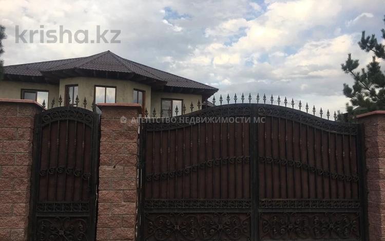 7-комнатный дом, 560 м², 12 сот., мкр Калкаман-2, Мкр Калкаман-2 — Елибаева-Сураншы батыра за 78 млн 〒 в Алматы, Наурызбайский р-н