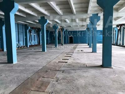 Здание, площадью 3400 м², улица Машхур Жусупа 42 — Ауэзова за 100 млн 〒 в Экибастузе — фото 11