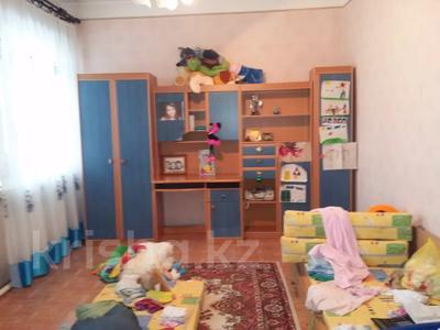 6-комнатный дом помесячно, 371 м², 8 сот., Энергетиков — М. Ауэзова за 500 000 〒 в Экибастузе — фото 40