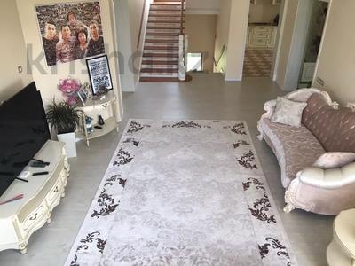 10-комнатный дом, 450 м², 8 сот., Ахмет Саркеева за 95 млн 〒 в Алматы