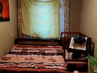 2-комнатная квартира, 45 м², 2/5 этаж, мкр Аксай-3 за 17.6 млн 〒 в Алматы, Ауэзовский р-н