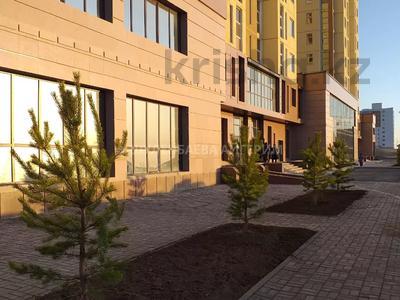 2-комнатная квартира, 74.74 м², Кургальжинское шоссе — Чингиза Айтматова за ~ 24.7 млн 〒 в Нур-Султане (Астана), Есиль р-н — фото 2