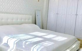 2-комнатная квартира, 65 м², 9/18 этаж помесячно, Сауран 10/1 за 170 000 〒 в Нур-Султане (Астана), Есиль р-н