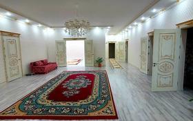 5-комнатный дом помесячно, 350 м², 8 сот., мкр Самал, 11 улица за 600 000 〒 в Атырау, мкр Самал