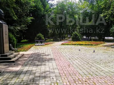 2-комнатная квартира, 52 м², 2/3 этаж, Толе би — Жумалиева за 20 млн 〒 в Алматы, Алмалинский р-н — фото 11