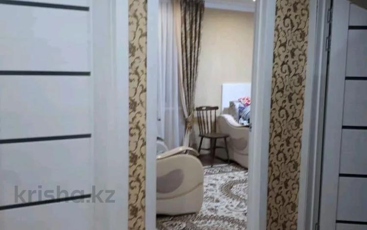 3-комнатная квартира, 61.7 м², 4/5 этаж, 6-й микрорайон 56 — Аманкельды за 7.5 млн 〒 в Темиртау