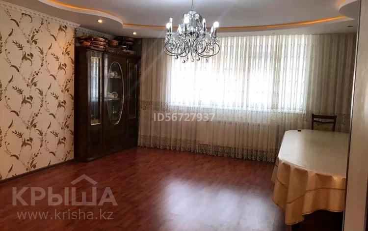 5-комнатная квартира, 107 м², 5/5 этаж, 15-й мкр 27 за 19 млн 〒 в Актау, 15-й мкр