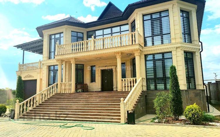 10-комнатный дом, 560 м², 15 сот., мкр Ерменсай за 365.5 млн 〒 в Алматы, Бостандыкский р-н