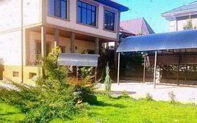 4-комнатный дом посуточно, 400 м², 20 сот., мкр Кайрат 104 — 4 линия за 80 000 〒 в Алматы, Турксибский р-н