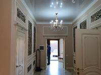 5-комнатный дом, 320 м², 8 сот.