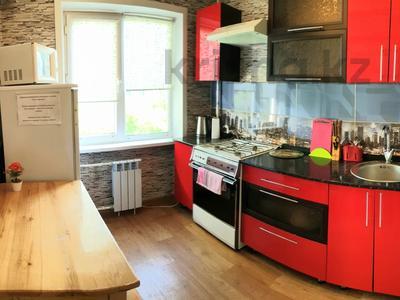 2-комнатная квартира, 42 м² посуточно, Астана за 9 000 〒 в Усть-Каменогорске