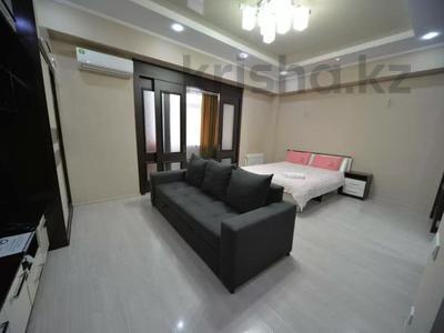 1-комнатная квартира, 50 м², 8/10 этаж посуточно, Юнусалиева 173 за 10 000 〒 в Бишкеке — фото 3
