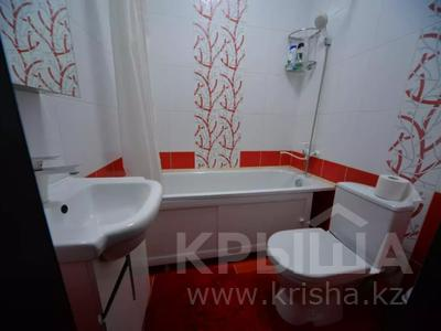 1-комнатная квартира, 50 м², 8/10 этаж посуточно, Юнусалиева 173 за 10 000 〒 в Бишкеке — фото 10