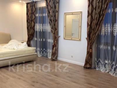 3-комнатная квартира, 200 м², 13/13 этаж посуточно, Розабакиева 247 за 25 000 〒 в Алматы, Бостандыкский р-н — фото 2