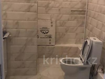 3-комнатная квартира, 200 м², 13/13 этаж посуточно, Розабакиева 247 за 25 000 〒 в Алматы, Бостандыкский р-н — фото 8