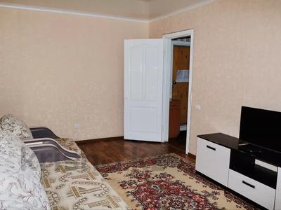 2-комнатная квартира, 52 м², 3/9 этаж посуточно, Абая 81 — Астана за 7 500 〒 в Петропавловске — фото 2