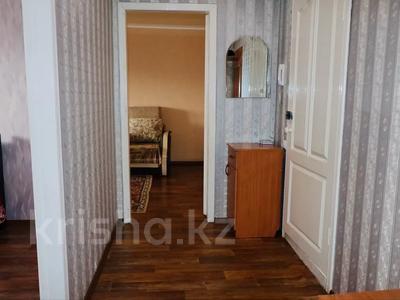 2-комнатная квартира, 52 м², 3/9 этаж посуточно, Абая 81 — Астана за 7 500 〒 в Петропавловске — фото 11