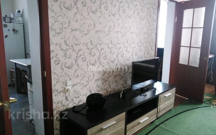 2-комнатная квартира, 48 м², 1/2 этаж, Максима Горького за 9.5 млн 〒 в Усть-Каменогорске
