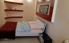 2-комнатная квартира, 46 м², 4/5 этаж посуточно, улица Маншук Маметовой 54 за 10 000 〒 в Уральске