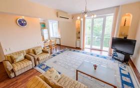 2-комнатная квартира, 60 м², 3/5 этаж посуточно, Кунаева 163 — Курмангазы за 15 000 〒 в Алматы, Бостандыкский р-н