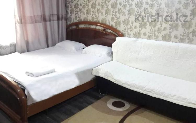 1-комнатная квартира, 35 м², 1/5 этаж посуточно, Бауржан Момышулы 4 — Тауке хана за 8 000 〒 в Шымкенте
