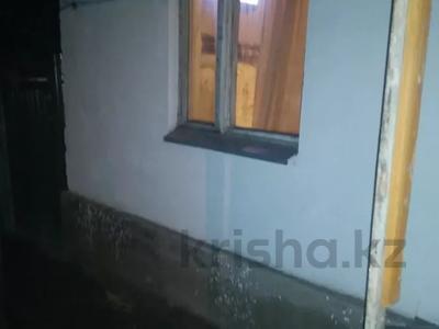 1-комнатный дом, 30 м², 1 сот., Баянаульская — Гастело за 10 млн 〒 в Алматы, Жетысуский р-н