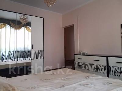 3-комнатная квартира, 66 м², 2/9 этаж помесячно, 2 мкр 11 б за 150 000 〒 в Атырау — фото 7