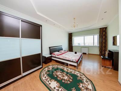 3-комнатная квартира, 120 м², 31 этаж посуточно, Достык 5/1 за 18 000 〒 в Нур-Султане (Астана), Есиль р-н — фото 4