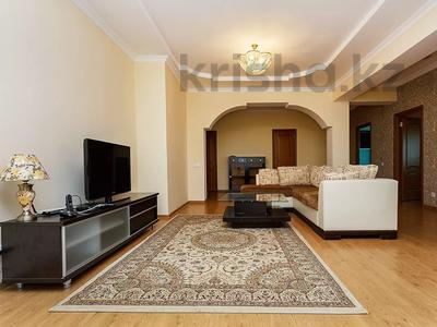 3-комнатная квартира, 120 м², 31 этаж посуточно, Достык 5/1 за 18 000 〒 в Нур-Султане (Астана), Есиль р-н