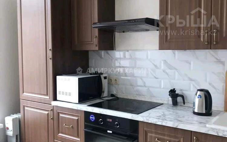 1-комнатная квартира, 38 м², 6/10 этаж помесячно, Алихана Бокейханова 11 за 110 000 〒 в Нур-Султане (Астана), Есиль р-н