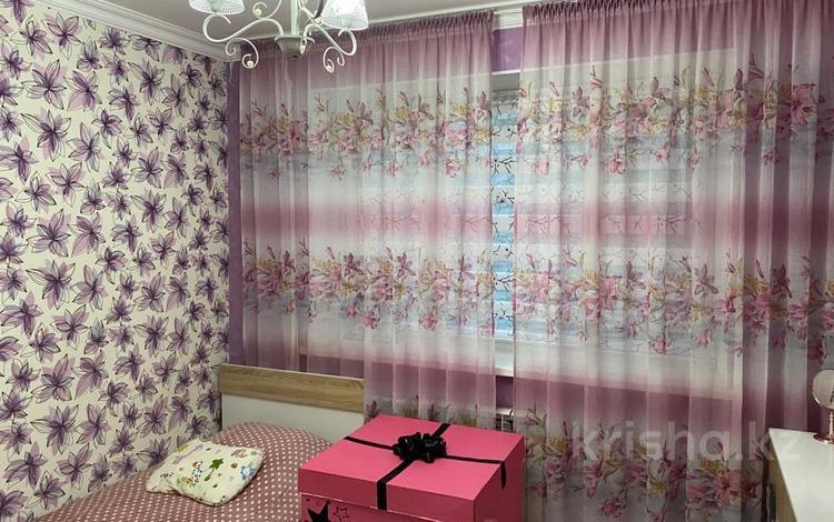 1-комнатная квартира, 78 м², 3/5 этаж, мкр Жетысу-1, Мкр Жетысу-1 53 за 33 млн 〒 в Алматы, Ауэзовский р-н