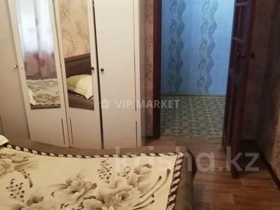 3-комнатная квартира, 62 м², 3 этаж, Мухамеджана Тынышбаева — Биржан Сала за 13.3 млн 〒 в Нур-Султане (Астана), Сарыарка р-н — фото 3