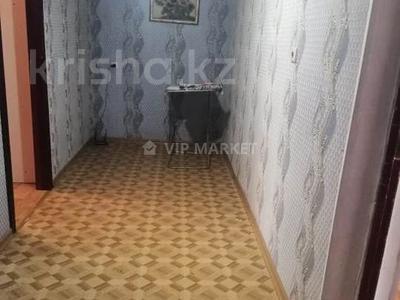 3-комнатная квартира, 62 м², 3 этаж, Мухамеджана Тынышбаева — Биржан Сала за 13.3 млн 〒 в Нур-Султане (Астана), Сарыарка р-н — фото 5