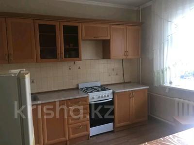 2-комнатная квартира, 70 м², 1/5 этаж помесячно, Астана 4 — 12 мкр за 90 000 〒 в Таразе — фото 8