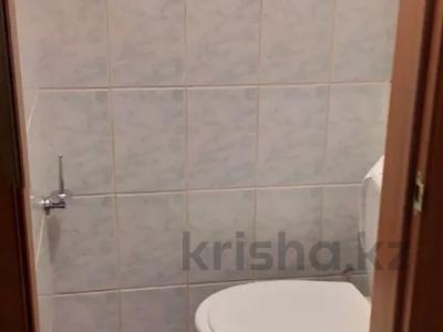 4-комнатная квартира, 74 м², 2/5 этаж, Пятницкого за 28.5 млн 〒 в Алматы, Ауэзовский р-н — фото 4