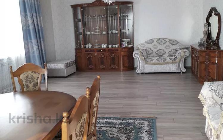 6-комнатный дом, 315 м², Кунгей 88 за 45 млн 〒 в Караганде