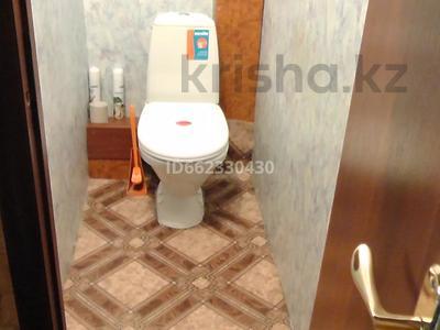 2-комнатная квартира, 54 м², 9/10 этаж помесячно, Ломова 30 за 70 000 〒 в Павлодаре — фото 5