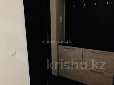 1-комнатная квартира, 42 м², 8/10 этаж помесячно, Отырар 10 — Валиханова за 100 000 〒 в Нур-Султане (Астана), р-н Байконур — фото 2