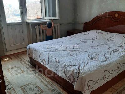 3-комнатная квартира, 70 м², 4/5 этаж, 16-й микрорайон, 16-й микрорайон за 20.5 млн 〒 в Шымкенте, Енбекшинский р-н