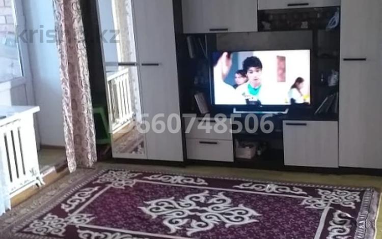 3-комнатная квартира, 80 м², 2/5 этаж, Султан Бейбарыс 2 за 15 млн 〒 в
