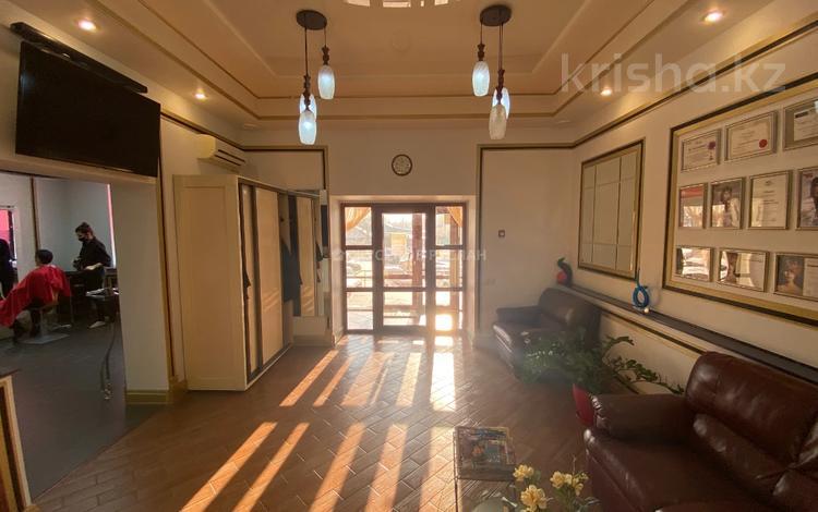 Помещение площадью 119.1 м², Кенесары 69 за ~ 59.6 млн 〒 в Нур-Султане (Астана), р-н Байконур