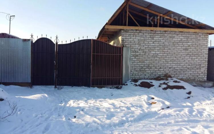 3-комнатный дом, 54 м², 6 сот., Томская 27 — 8-й проезд за 5 млн 〒 в Семее