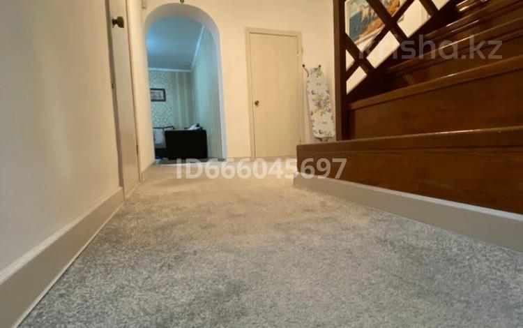5-комнатный дом, 220 м², 10 сот., Село Кыргауылды, Наурыз 41 за 80 млн 〒