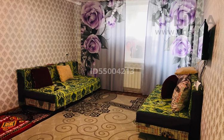 1-комнатная квартира, 32.5 м², 5/5 этаж, 12 мкр 17 за 6.5 млн 〒 в Актобе, мкр 12