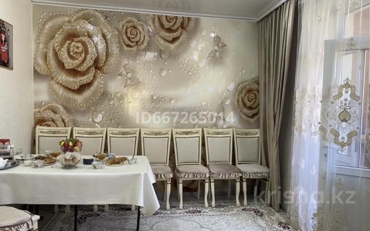 3-комнатная квартира, 62 м², 2/3 этаж, Сатпаева 44 за 16.5 млн 〒 в Жезказгане