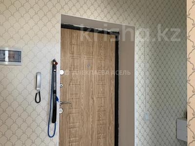 1-комнатная квартира, 39 м², 3/6 этаж, Байтурсынова 37 — Жумабаева за 15 млн 〒 в Нур-Султане (Астана) — фото 20